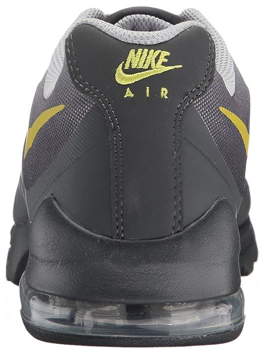 buy online a46c4 2de9f Amazon.com   NIKE Men s Air Max Invigor Print Running Shoes   Road Running