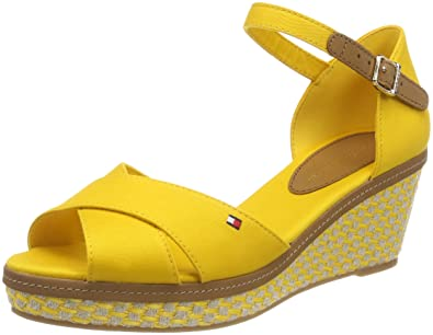 03592b82216 Tommy Hilfiger Women's Iconic Elba Sandal Basic Ankle Strap