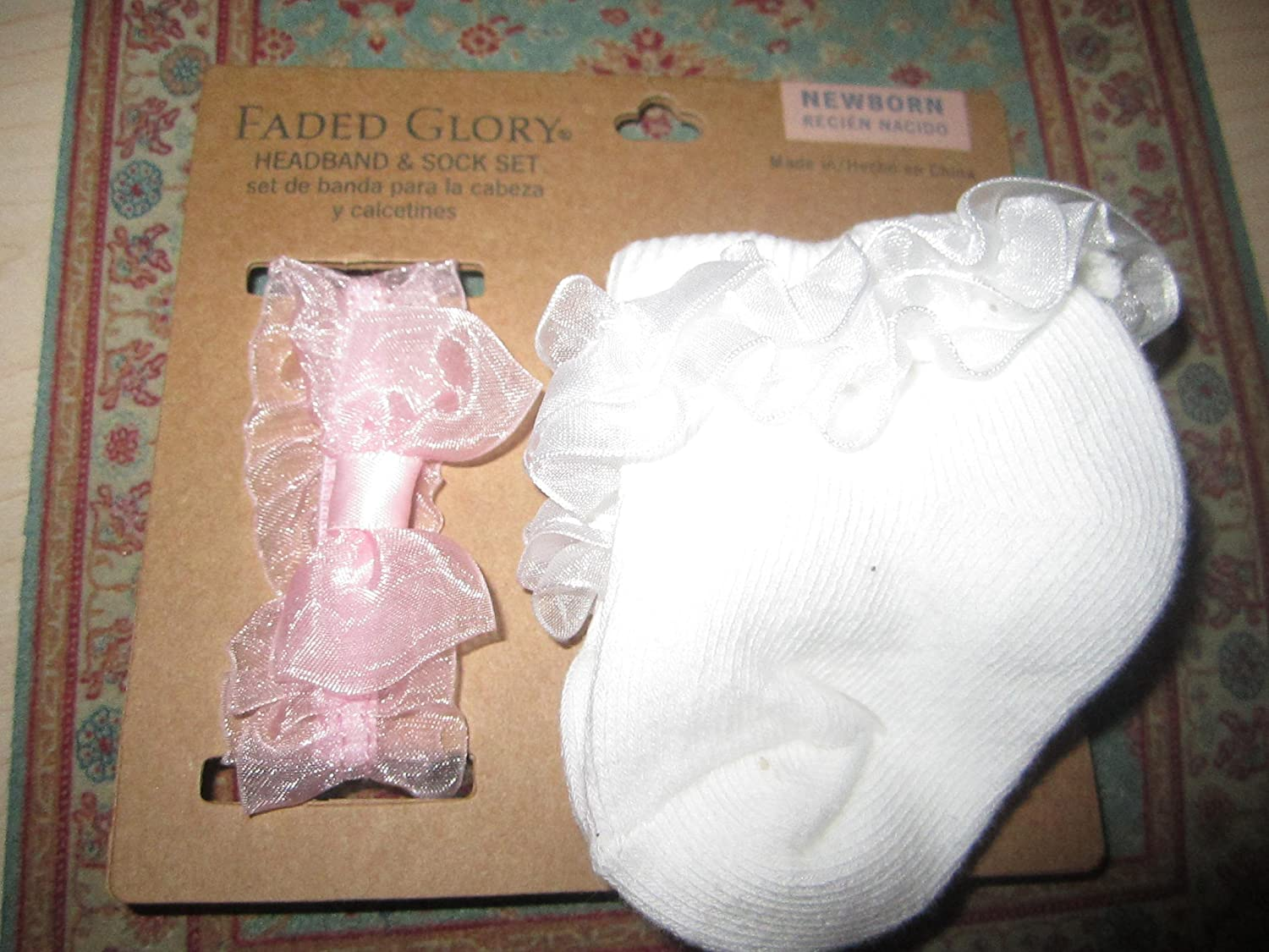 Amazon.com : Faded Glory Headband & Sock Set (Newborn) : Baby ...