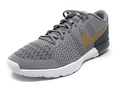 85e67372c5f9 Nike Men s Air Max Typha Training Shoe (11 M US