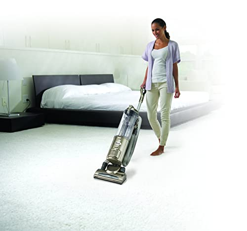 Shark Navigator Deluxe Upright Vacuum, Champagne (NV42) review
