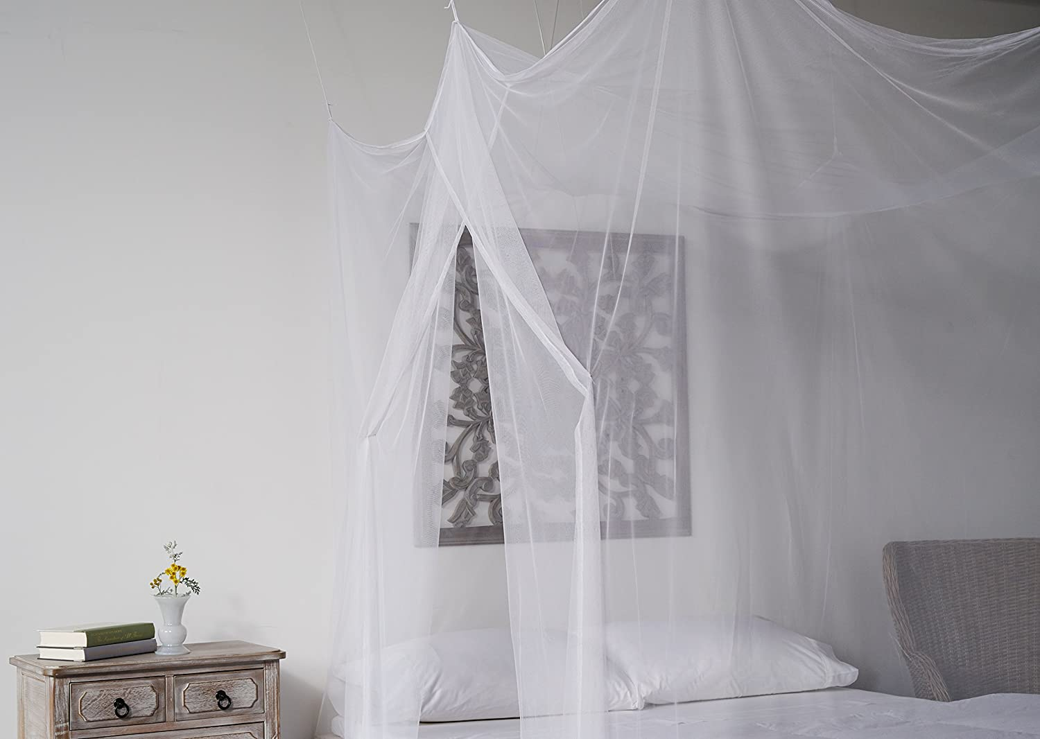 amazon com mosquito net bed canopy bug screen repellant amazon com mosquito net bed canopy bug screen repellant rectangle curtains for twin full queen king beds repels insects carrying malaria