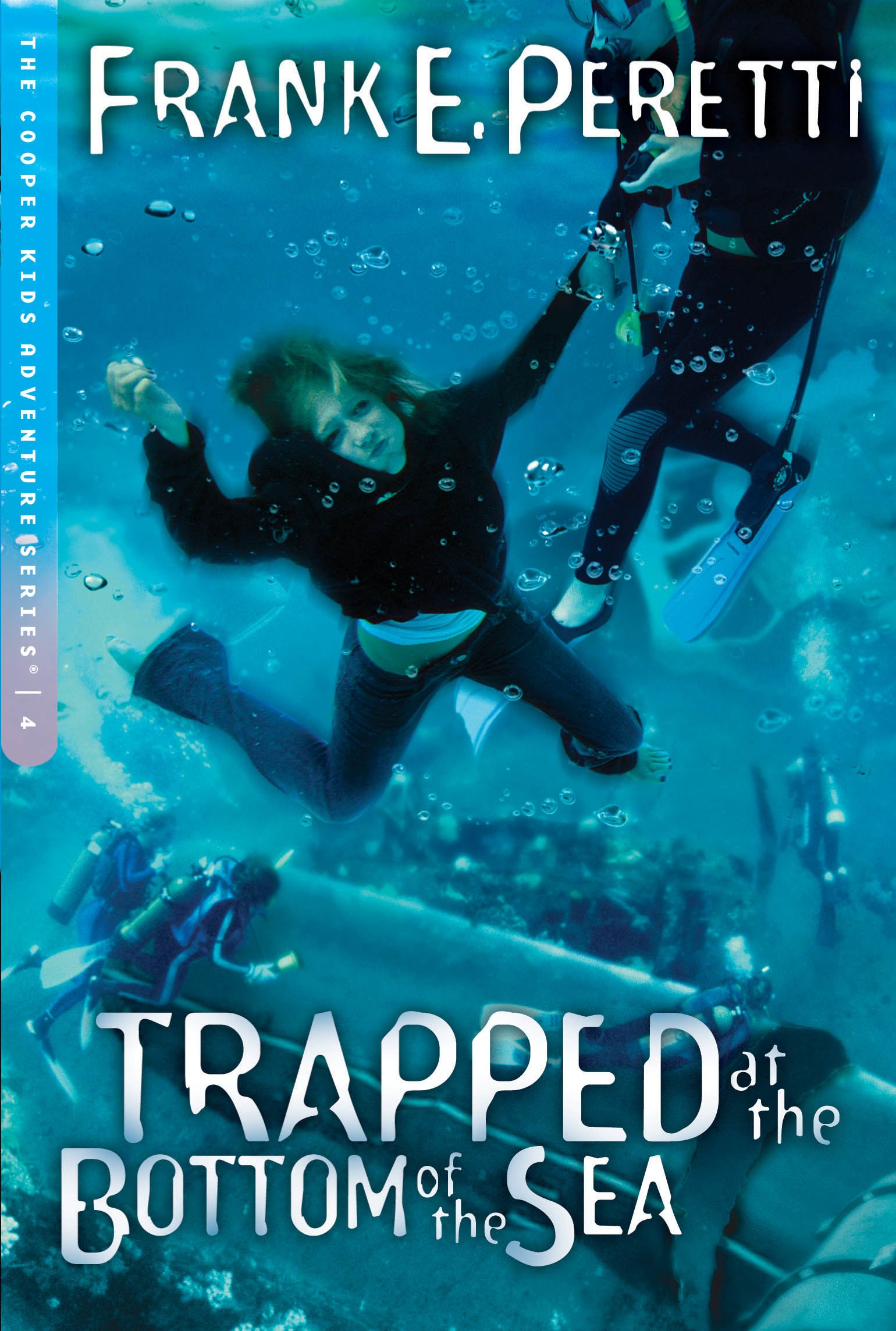 Read Online Trapped at the Bottom of the Sea (The Cooper Kids Adventure Series #4) PDF