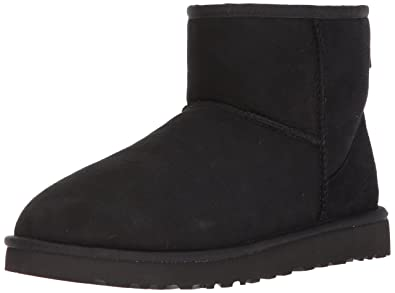 d2c854749d6 UGG Men's Classic Mini Winter Boot