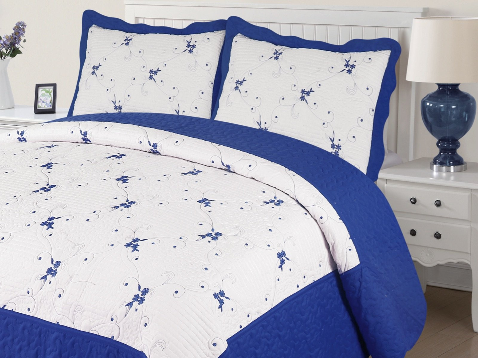 Empire Home Xenia 3PC Quilted / Embroidered Oversized Bedspread (Royal Blue, Full Size)