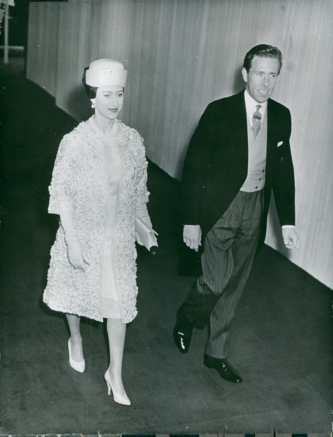 Amazon Com Vintage Photo Of Princess Margaret Walking With Her