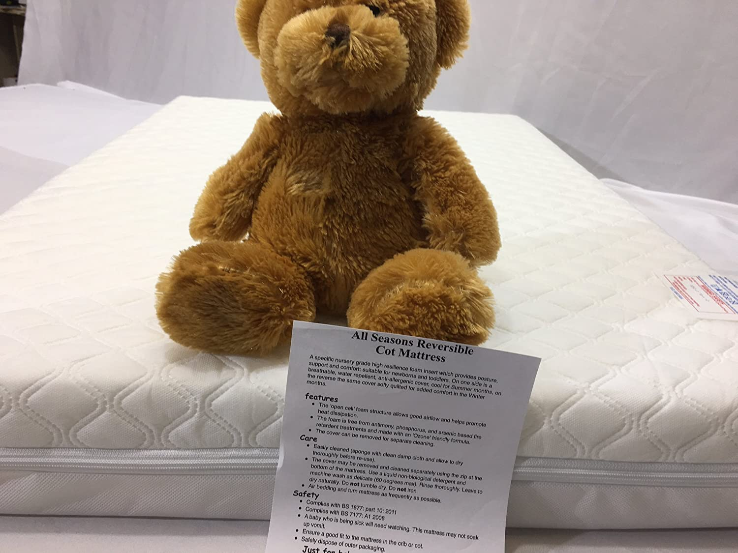 Travel Cot Mattress 118x56cm Size and 13cm Thick So More Comfy for Mother care and Mama & Papa Sizes Topstyle Collection