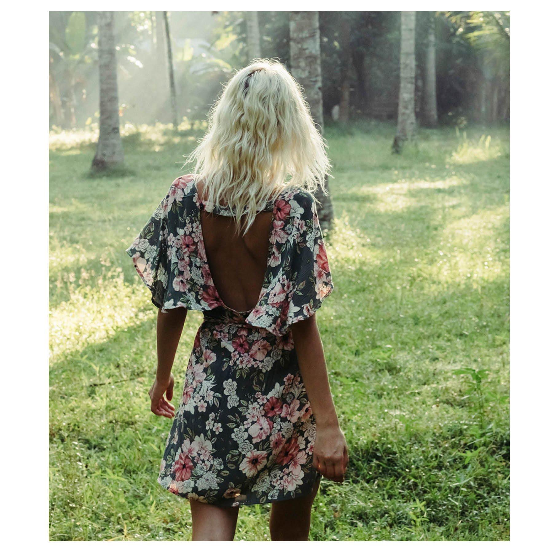 Billabong Junior's Fine Flutter Dress, Clover, L