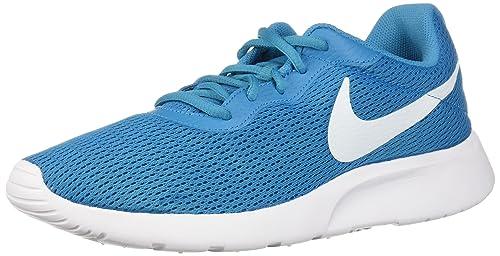 88fbe74bff1 Nike Women s Tanjun Print Running Shoe  Amazon.ca  Shoes   Handbags