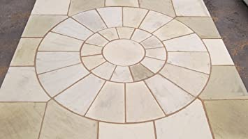 Robinswood Stone Stone Concrete Circle Patio Paving Set 2.25Sqm Including  Squaring Off Kit