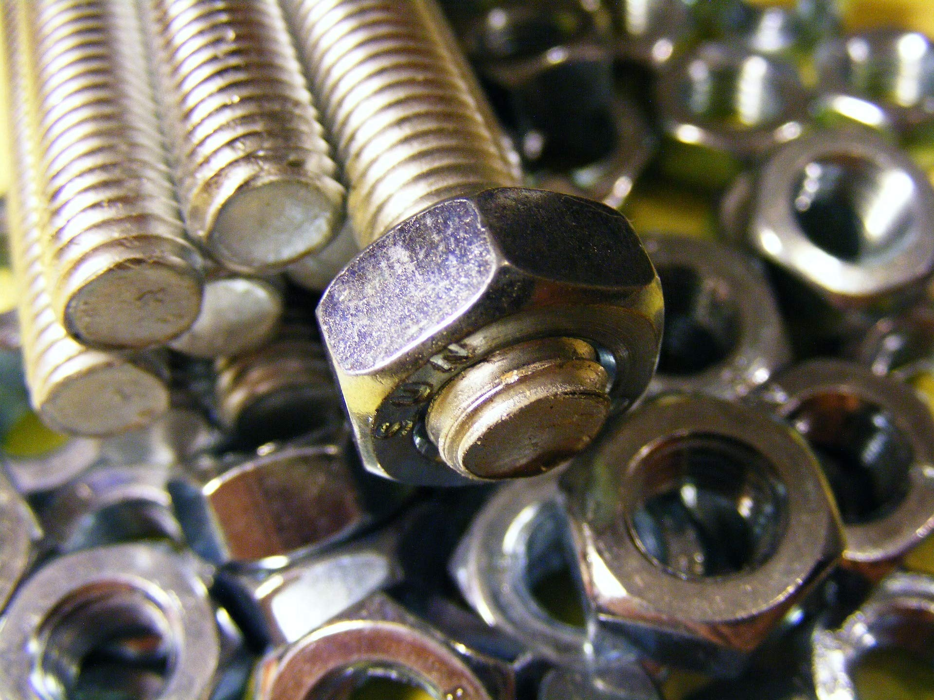 Ruddman Supplies - SAE Standard Assorted Nut and Bolt Hardware Set with Hard Plastic Organizing Case - 240 Piece Set by Ruddman Supplies (Image #6)
