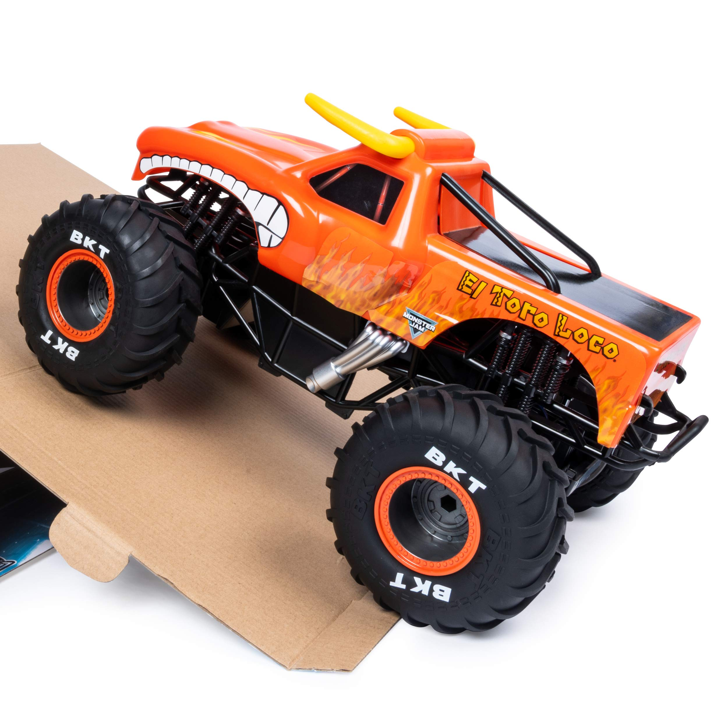 Monster Jam Official El Toro Loco Remote Control Monster Truck, 1:15 Scale, 2.4 GHz by Monster Jam (Image #5)
