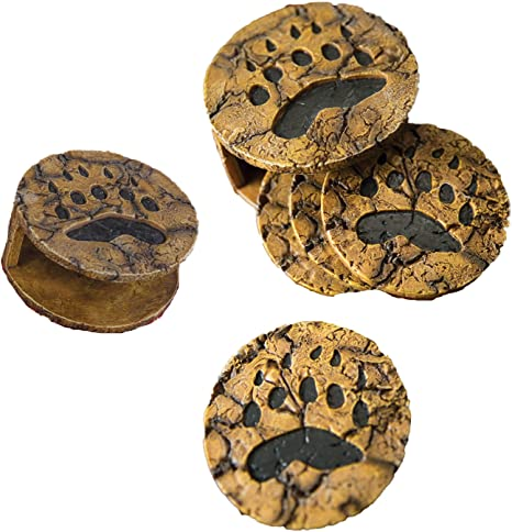 Amazon Com Set Of 4 Bear Paw Resin Coasters With Holder Coasters