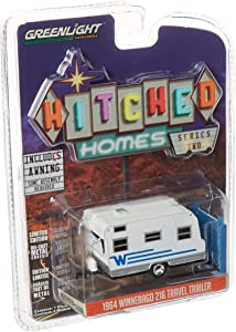 GREENLIGHT 1:64 Hitched Homes Series 2-1964 Winnebago 216 Travel Trailer