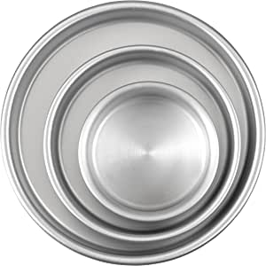 Wilton 2105-0472 Perfect Performance Round Cake Pan Set