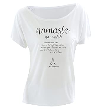 Natural Born Yogi - Camiseta de Manga Corta de Yoga para Mujer, diseño de Texto Namaste, Color Blanco