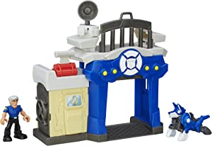 Playskool Heroes Transformers Rescue Bots Griffin Rock Police Station by Transformers