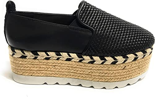 black guess loafers