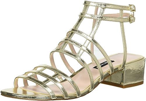 077be16995f Nine West Women s Xerxes Metallic Heeled Sandal Light Gold 5 ...