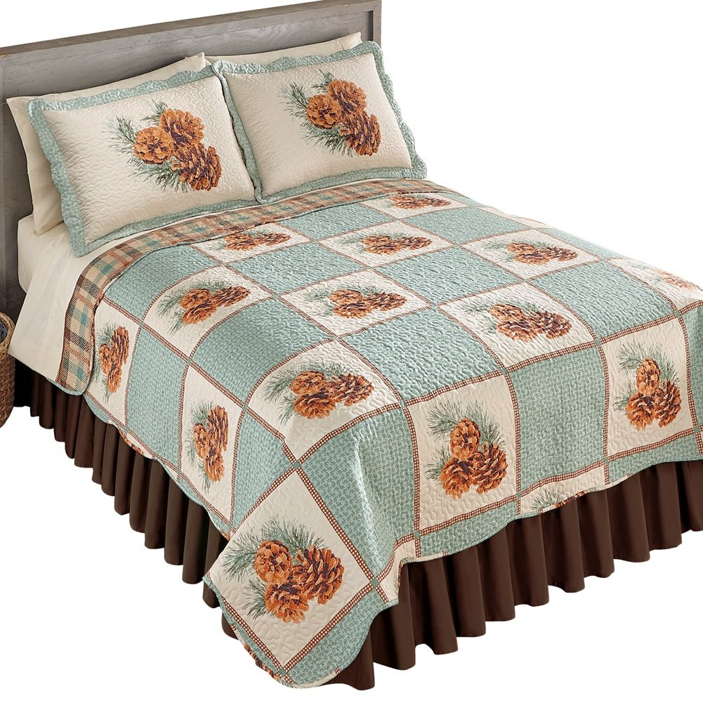 Collections Etc Pinecone Patch Woodland Bedroom Reverisble Quilt, Twin