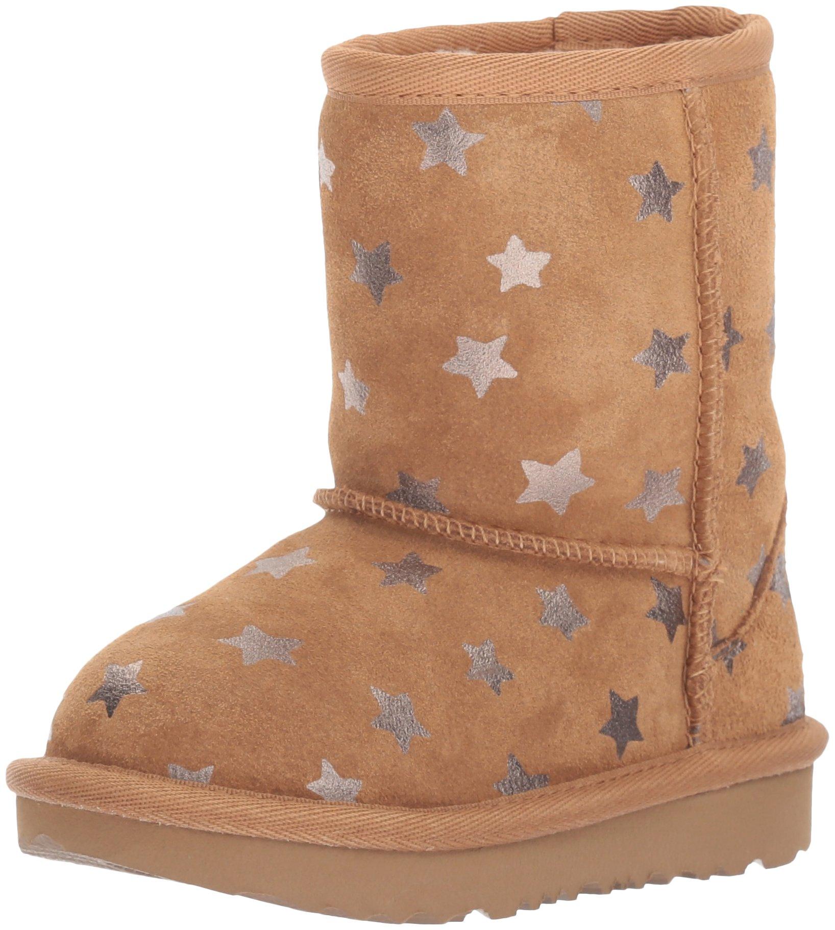 UGG Girls T Classic Short II Stars Pull-On Boot, Chestnut, 7 M US Toddler
