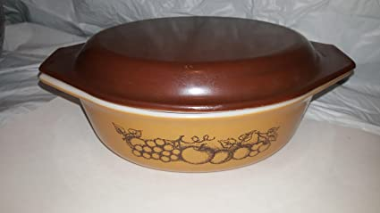 Amazon.com: Vintage Pyrex Old Orchard Oval Casserole with Lid 2 1/2 ...
