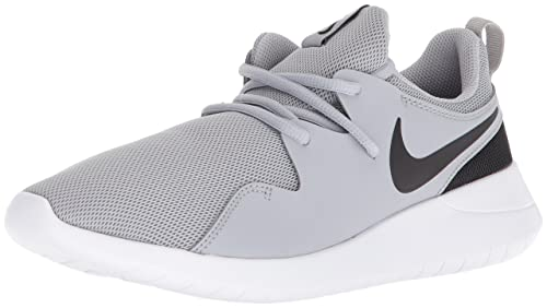 promo code cdc6a fa579 Nike TESSEN (GS), Zapatillas de Running para Hombre, Gris (Wolf  Grey/Black/White 002), 38.5 EU: Amazon.es: Zapatos y complementos