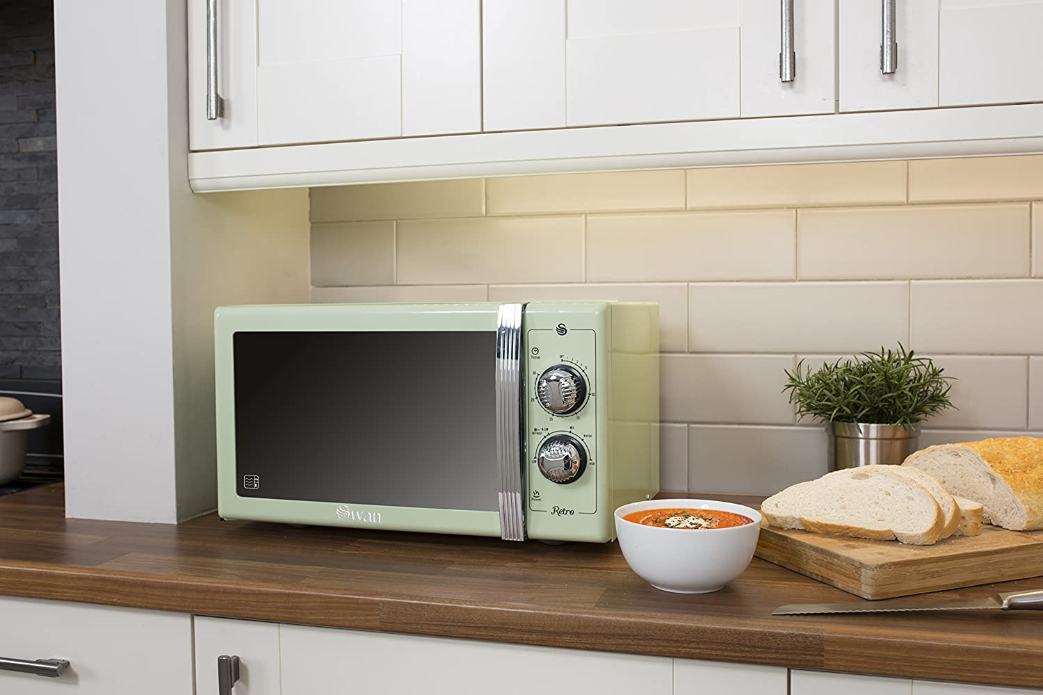 SWAN Retro Manual Microwave, 25 Litre, 900 W, Green