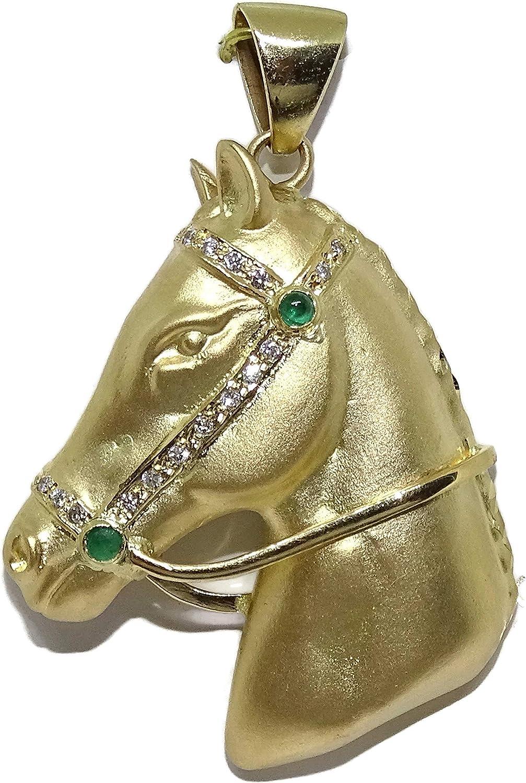 Never Say Never Espectacular Cabeza de Caballo de Oro de 18k, Hecha a Mano, con 17 Diamantes Talla Brillante de 0.10 CTS y 2 Esmeraldas Talla cabujón de 0.15cts.Peso; 14.35gr Oro de 18k