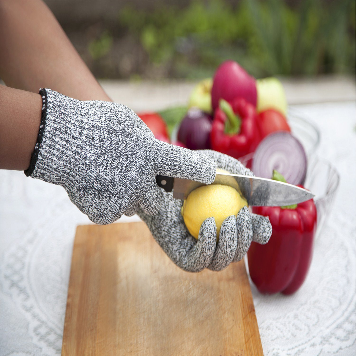 YiZYiF Cut Resistant Gloves Best Food Grade Kitchen Level 5 Cut Protection Knit Safety for Cooking, Working, Wood carving by YiZYiF (Image #3)