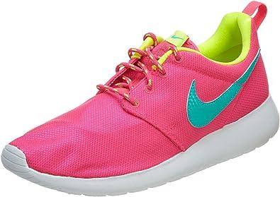chaussures nike rosh run