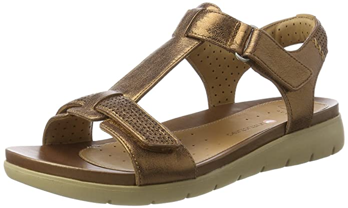 Clarks Women's Un Haywood Leather Fashion Sandals Fashion Sandals at amazon