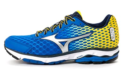 buy popular 693e8 7301d Amazon.com | Mizuno Men's Wave Rider 18 Running Shoes ...