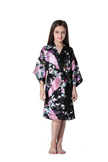 5759902b5a Amazon.com  Vogue Forefront Girls  Peacock Flower Print Satin Kimono ...
