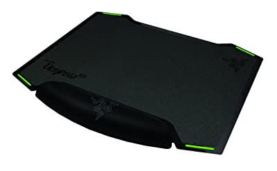 Razer Vespula Dual-Sided Gaming Mouse Mat - Allowing Choice Between Speed and Control - Mouse Pad Preferred by Pro Gamers