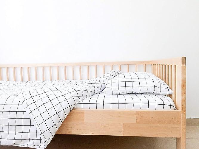buy popular becc8 a90bd Amazon.com: Toddler Monochrome Grid Crib Sheet Set with ...