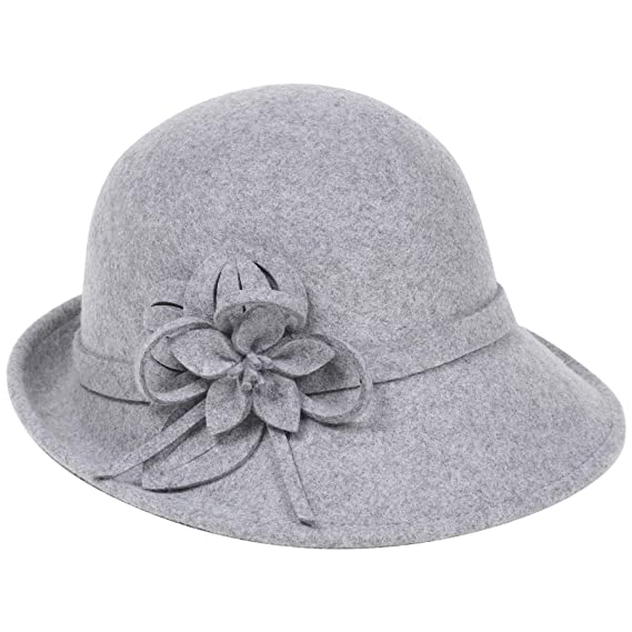 2e2c938fb21 Coucoland 1920s Cloche Hats for Women Ladies Cloche Bowler Hat Classic 1920s  Vintage Wool Felt Cloche Bucket Bowler Lady Hat Gray  Amazon.co.uk  Clothing