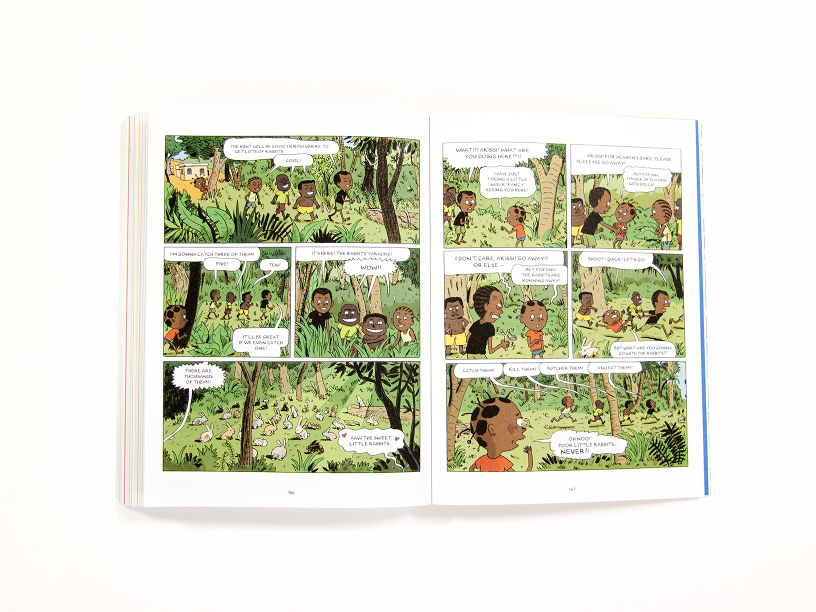 Akissi: Tales of Mischief [Graphic Novel] by Flying Eye Books (Image #13)