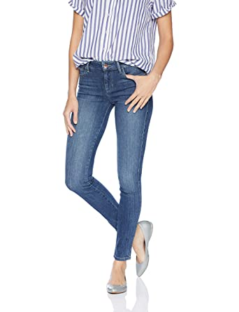 e5a31e25bc1 GUESS Women's Sexy Curve Skinny Jean at Amazon Women's Jeans store