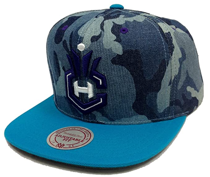 385b91a755bcb Image Unavailable. Image not available for. Color: Mitchell & Ness  Camouflage Charlotte Hornets Snapback