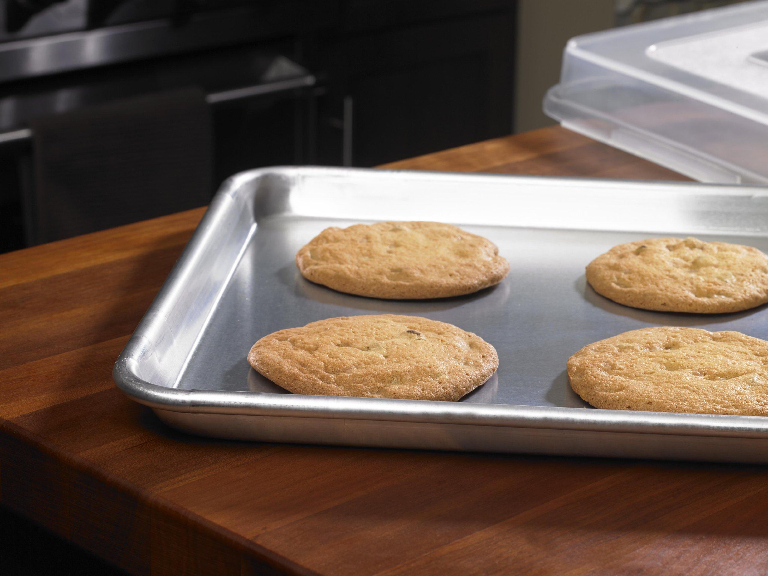 Artisan Professional Classic Aluminum Baking Sheet Pan with Lip, 18 x 13-inch Half Sheet by Artisan