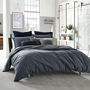 Kenneth Cole Reaction Home Standard Size Pillow Sham from the Douglas Bedding Collection in a Blue Color