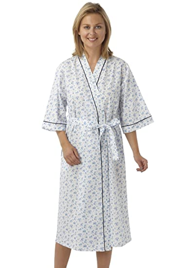 b139aa953e Ladies Poly Cotton Kimono Style Wrapover Dressing Gown Pink Blue or Lilac  Floral Design. Sizes10-12 12-14 16-18 20-22 24-26 28-30  Amazon.co.uk   Clothing