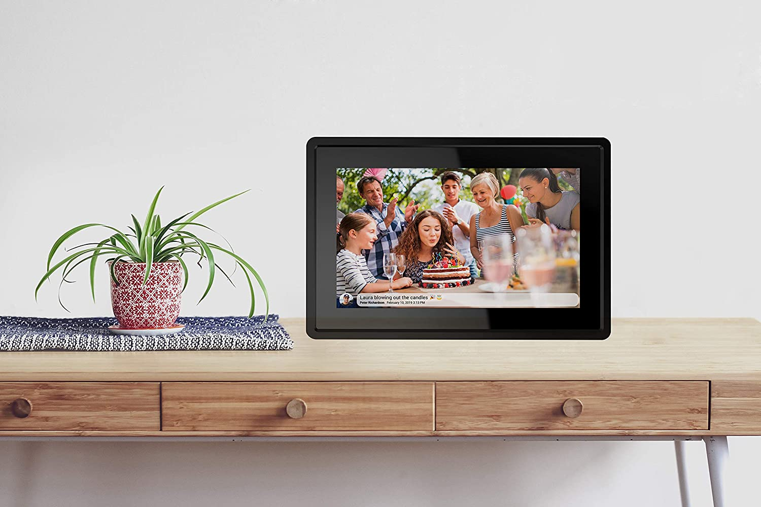 Feelcare 7 Inch 16GB Smart WiFi Digital Picture Frame, Send Photos or Small Videos from Anywhere, Touch Screen, IPS LCD Panel, Wall-Mountable, Portrait and Landscape(Black) : Electronics