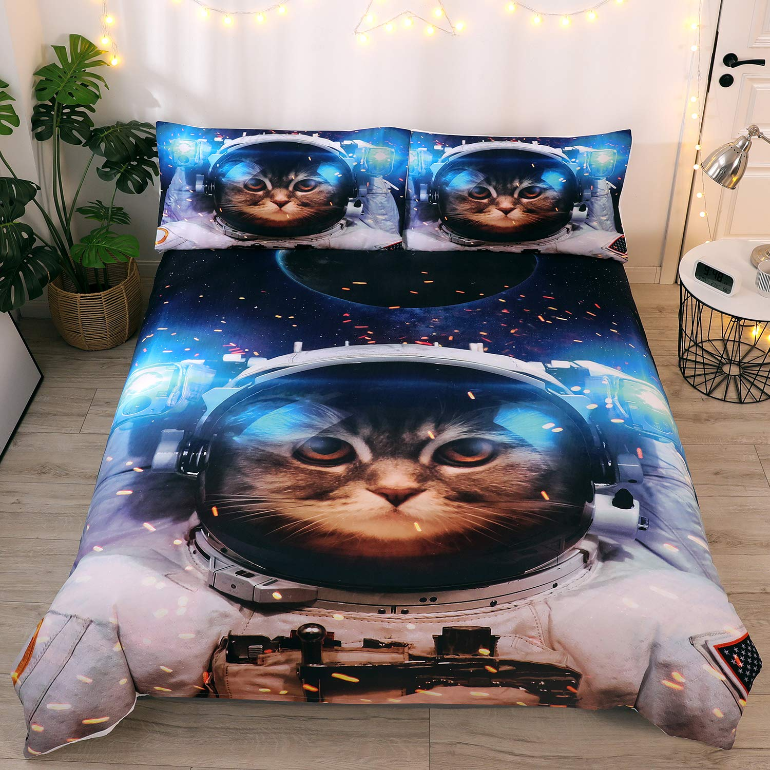 DEERHOME Space Universe Cat Bedding Funny Astronaut Pattern 3 Piece Duvet Cover Sets Gifts Twin Size for Kids Boys and Teens
