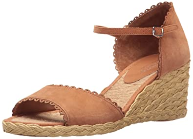 71451eecce60 Amazon.com | Lauren by Ralph Lauren Women's Chrissie | Sandals