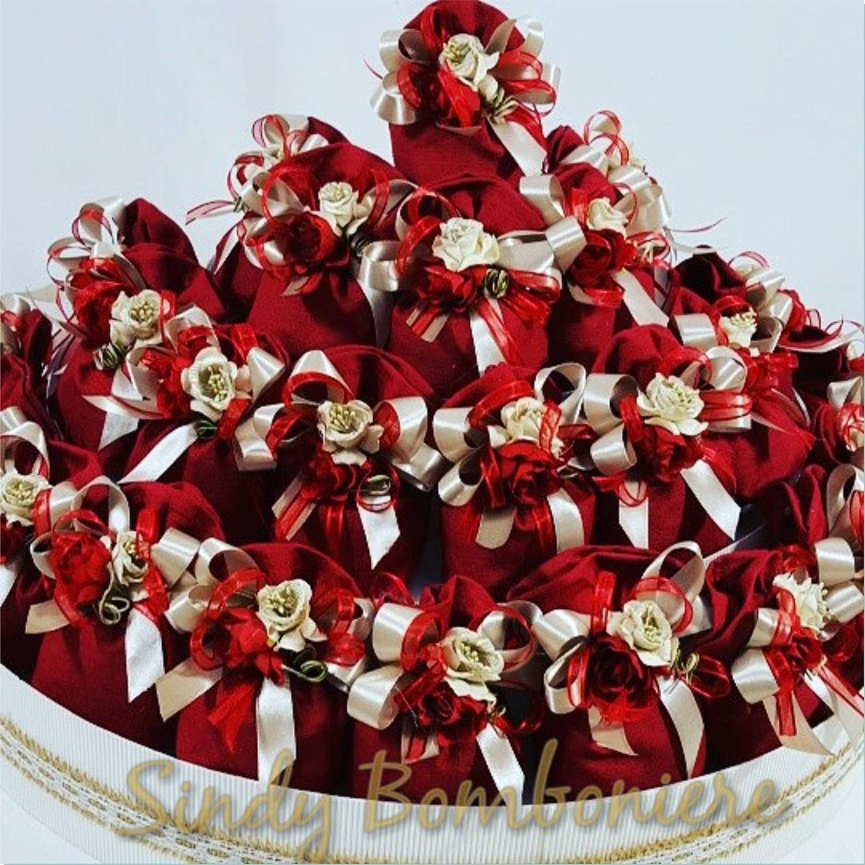 Bomboniere boda graduación bautizo nacimiento Sacchettino de yute rojo cintas Flores
