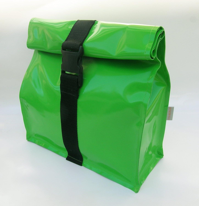 Kulturtasche XL aus LKW Plane grün von TITA BERLIN