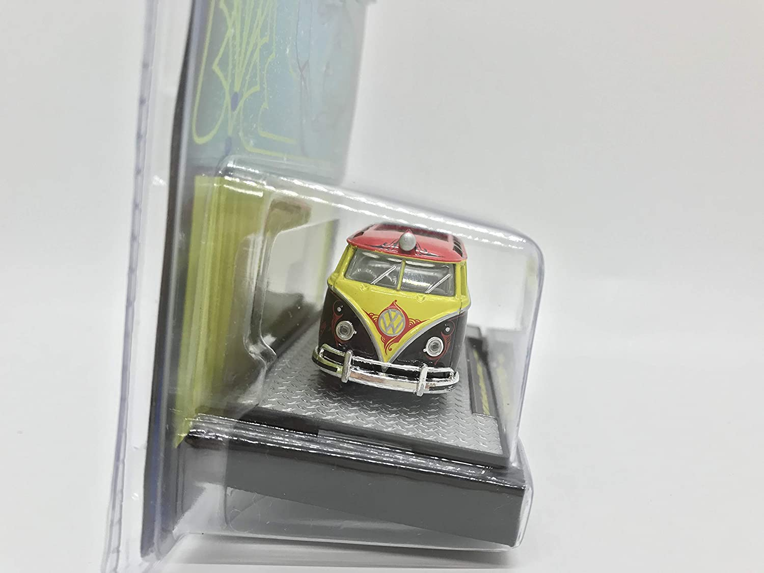M2 Machines by M2 Collectible Auto-Dreams Crazy Painter Tom Kelly Edition 1959 VW Microbus Deluxe USA Model 1:64 Scale WMTS05 16-06 Black//Red//Yellow Details Like NO Other!