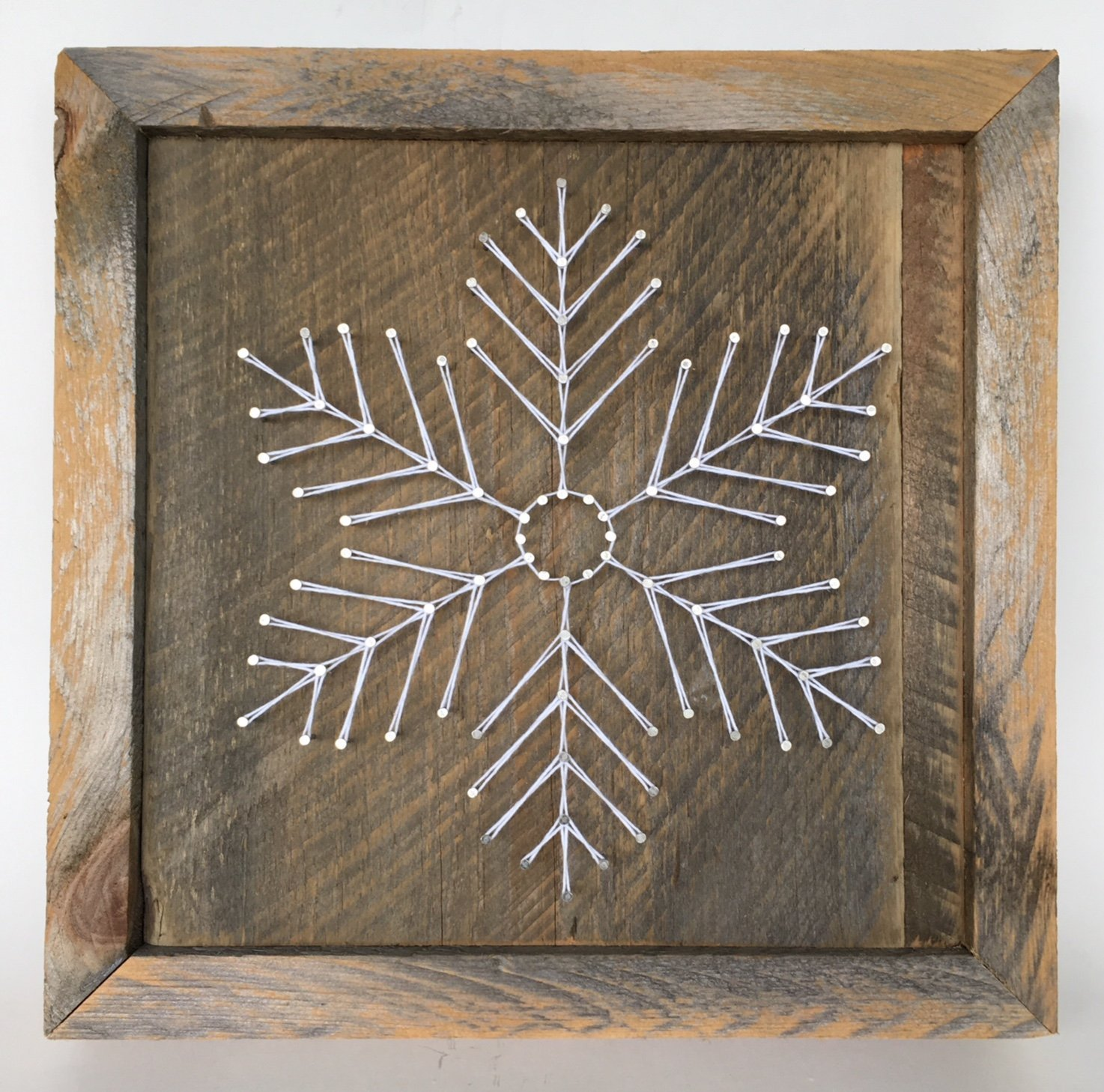 Large reclaimed wood Snowflake string art sign. A unique gift for Weddings, Anniversaries, Birthdays, Christmas, and winter home and cabin decor. A unique and special gift for skiers!